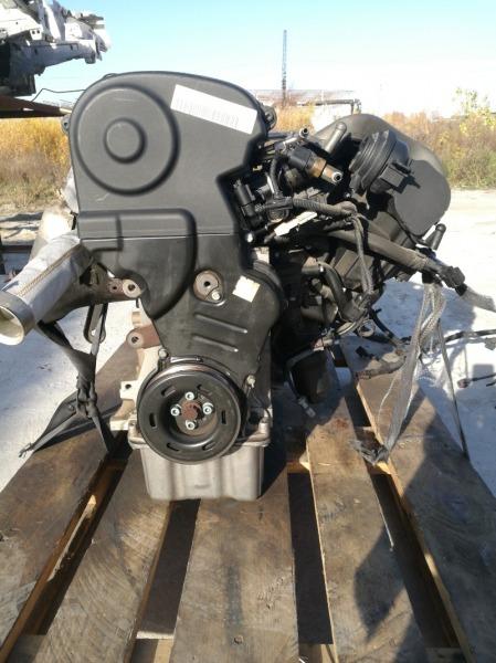 Двигатель Volkswagen Golf 1K1 BLR
