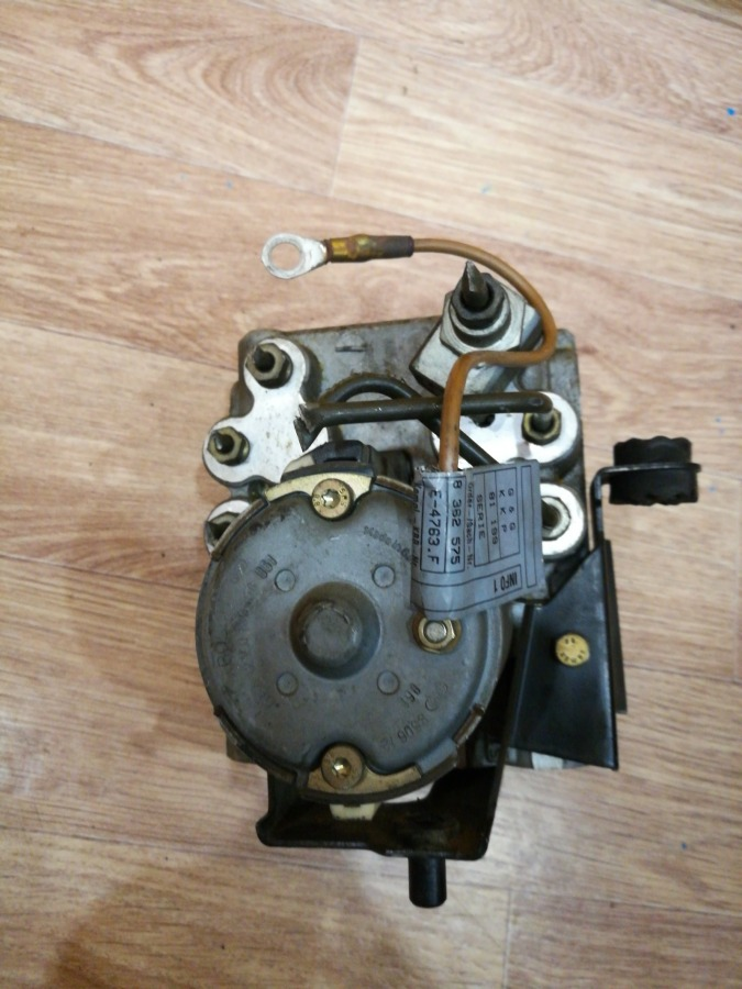 Блок abs Bmw 5-Series E39 M47D20TU2