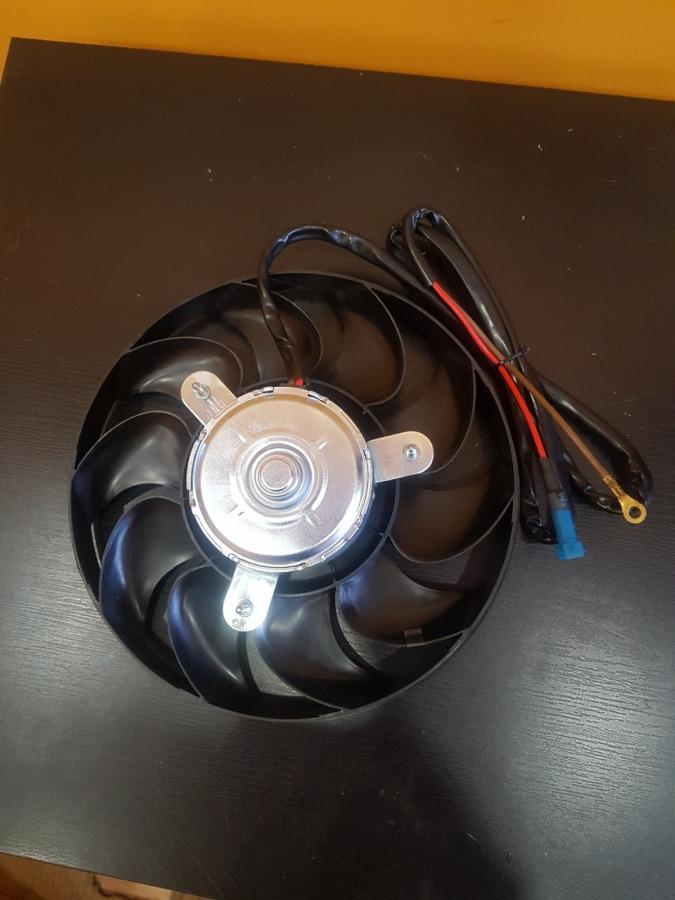 Вентилятор кондиционера Volkswagen Passat B5
