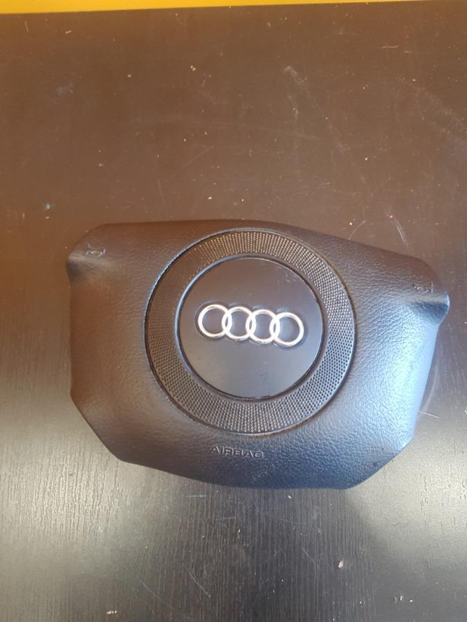 Подушка безопасности водителя Audi A4 A6 4B2 1Z