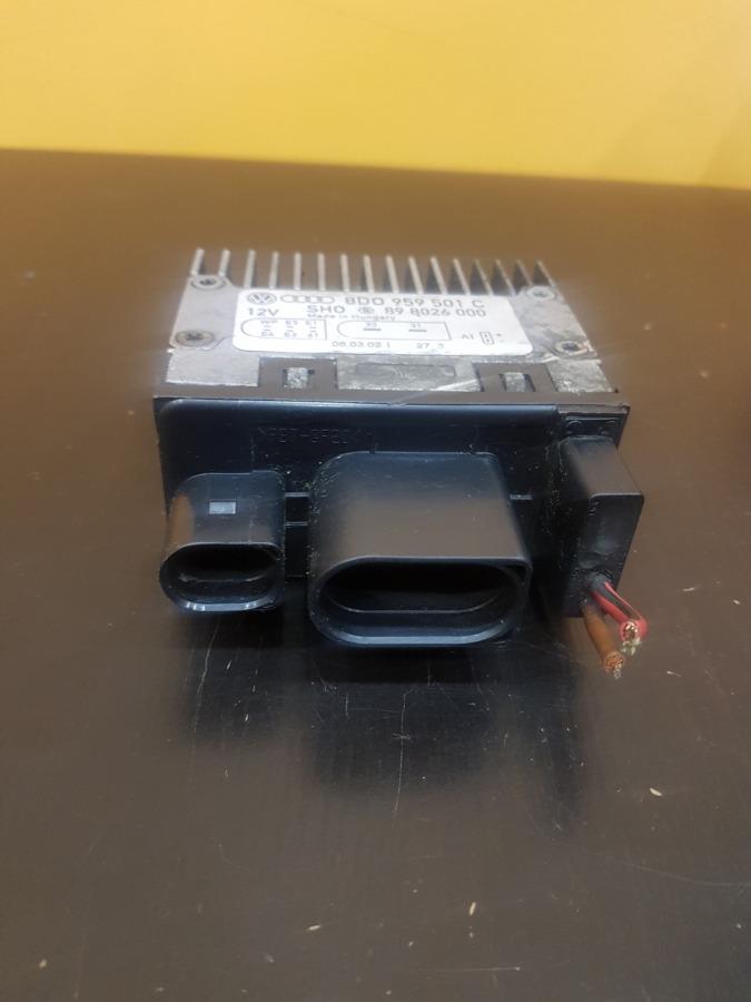 Блок управления вентилятором Volkswagen Passat