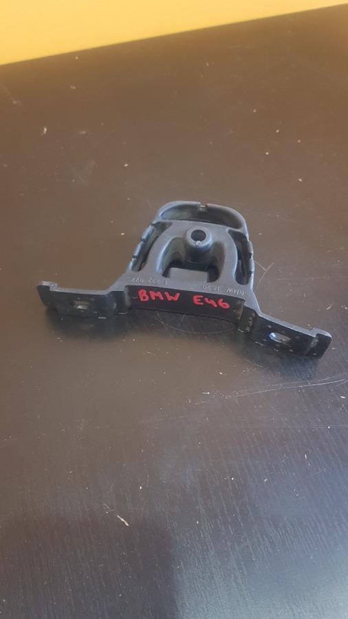 Кронштейн глушителя Bmw 3-Series E46
