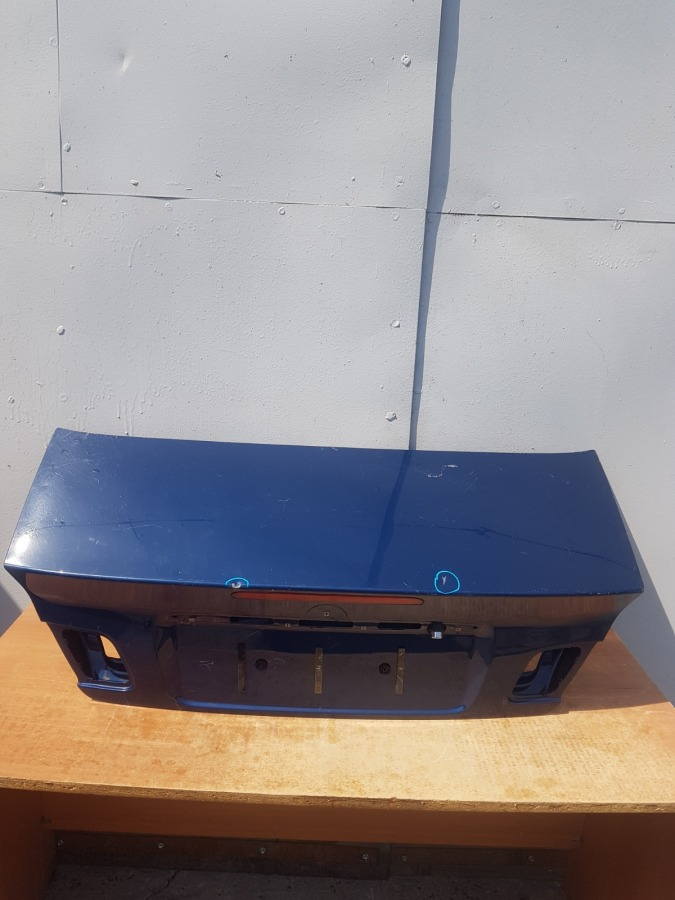 Крышка багажника Bmw 3-Series E46