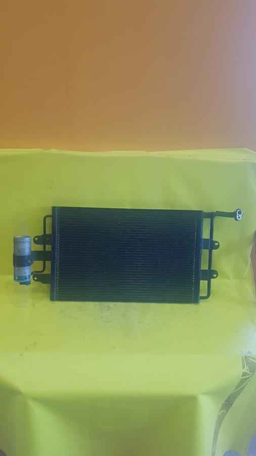 Радиатор кондиционера Volkswagen New Beetle