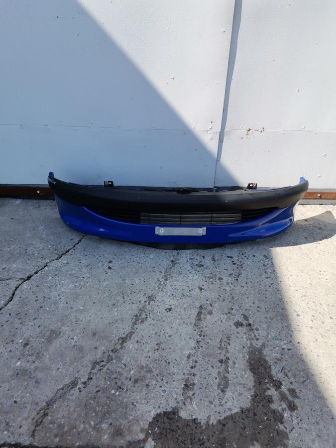 Бампер Peugeot 206 передний