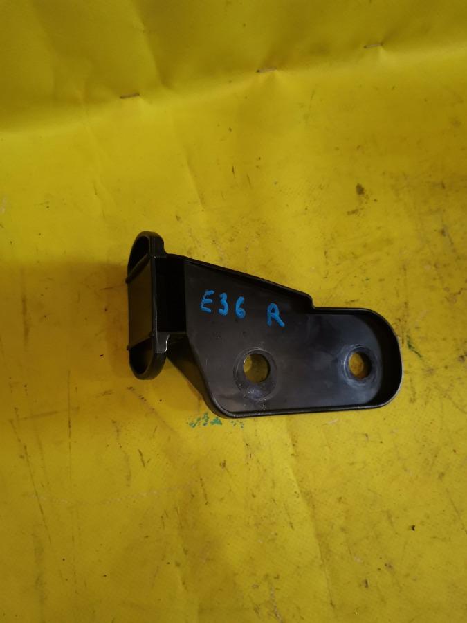 Кронштейн бампера Bmw 3-Series E36 передний правый