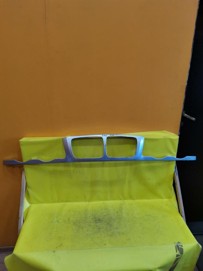 Планка под фару , ресничка под фару Bmw 5-Series E34