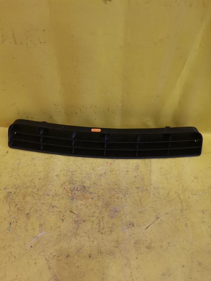 Решетка в бампер Audi A6 4B2 1Z