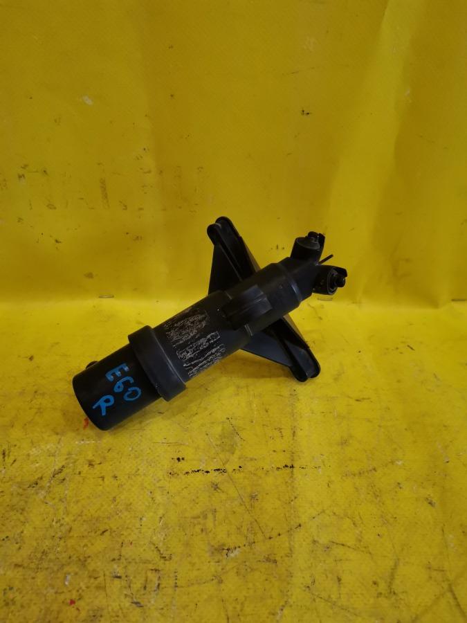 Форсунка омывателя фар Bmw 5-Series E60 передняя правая