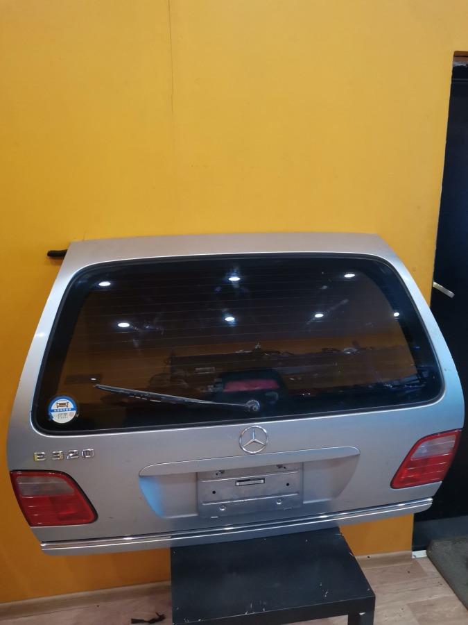 Дверь 5-я Mercedes-Benz E-Class S210 M111E20