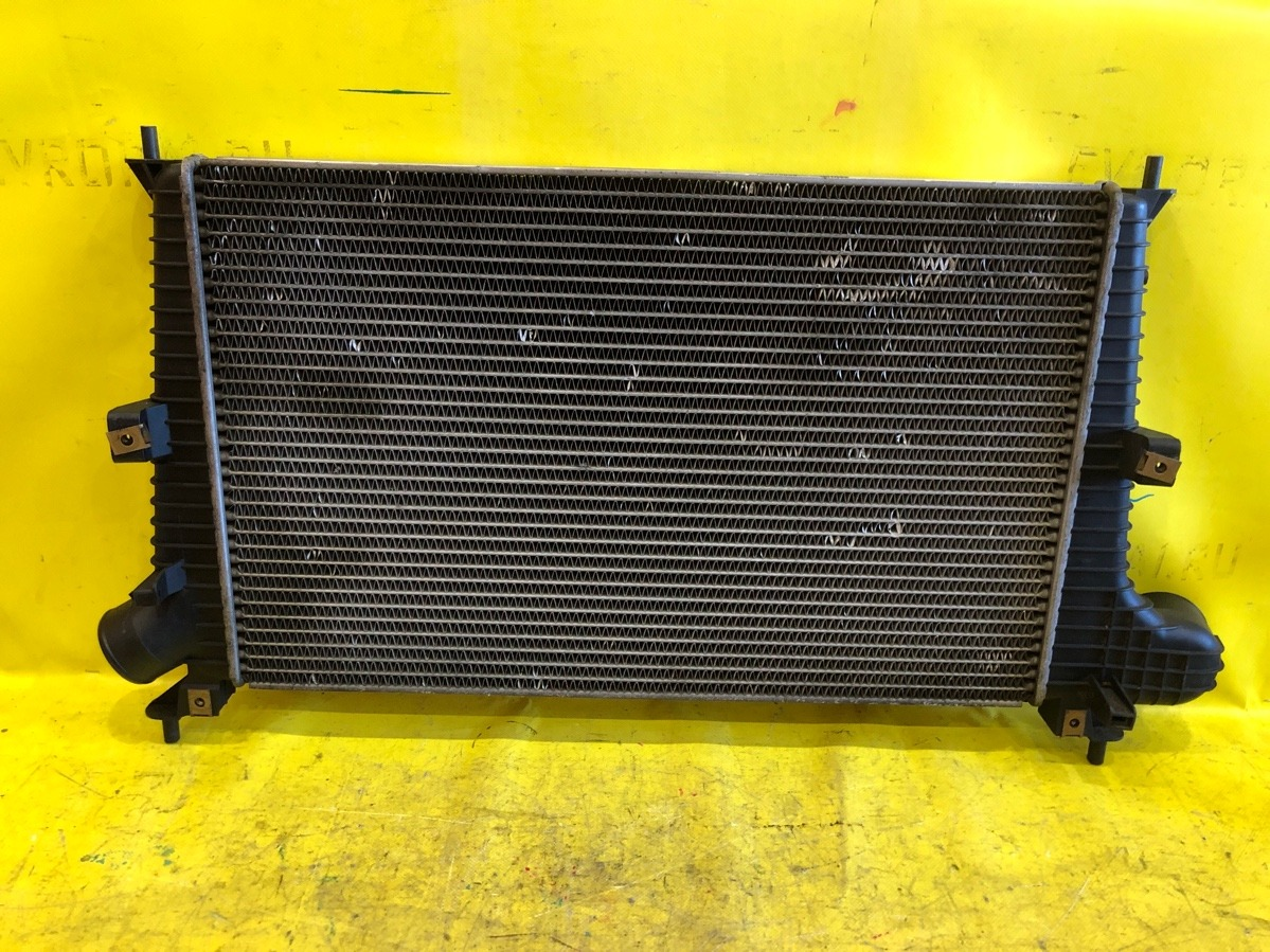 Радиатор интеркулера Saab 9-5