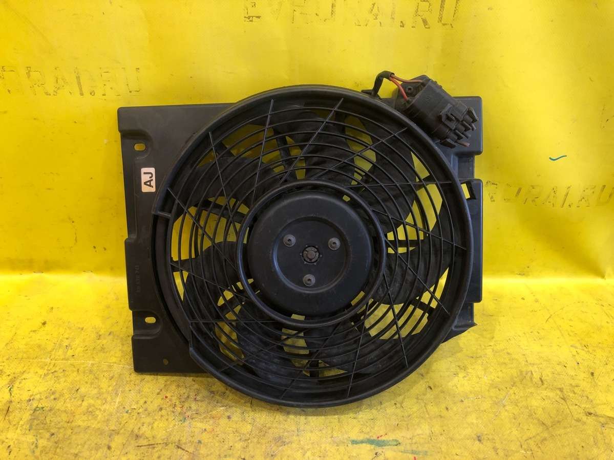 Вентилятор радиатора Opel Astra Zafira G