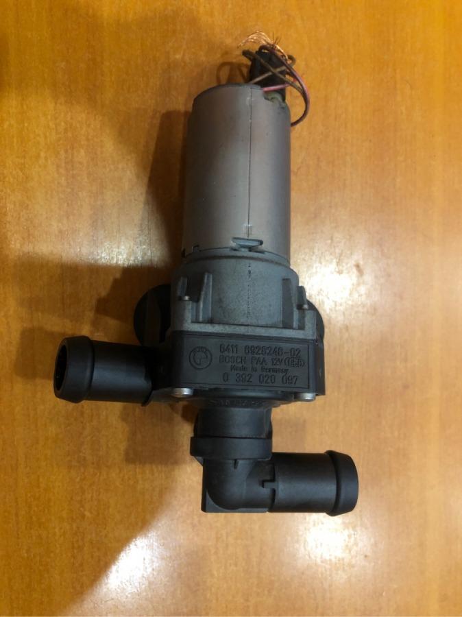 Помпа водяная Bmw 1-Series E87