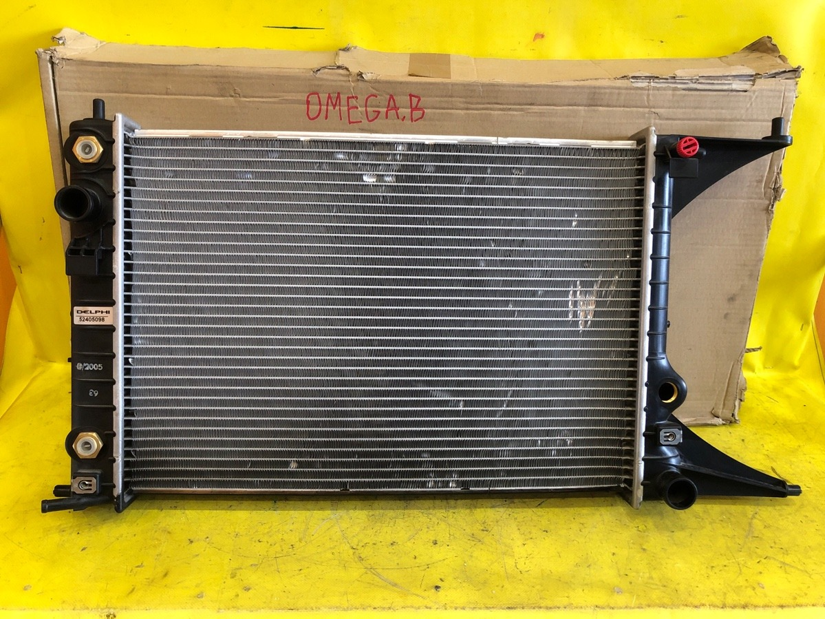 Радиатор Opel Omega