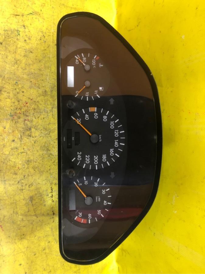 Панель приборов Mercedes-Benz C-Class W202 M111