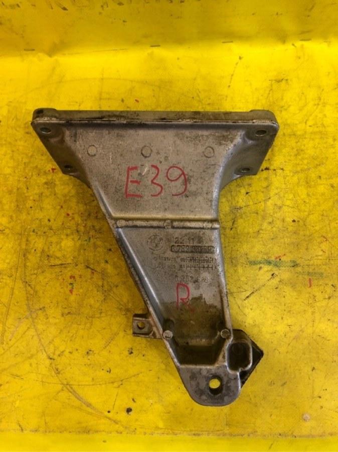 Кронштейн опоры двигателя Bmw 5-Series E39 M52 правый