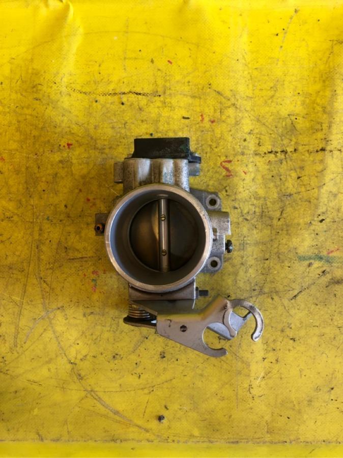 Дроссельная заслонка Bmw 3-Series E46 M43B19TU