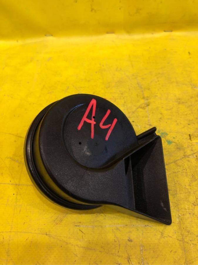 Сигнал звуковой Audi A4