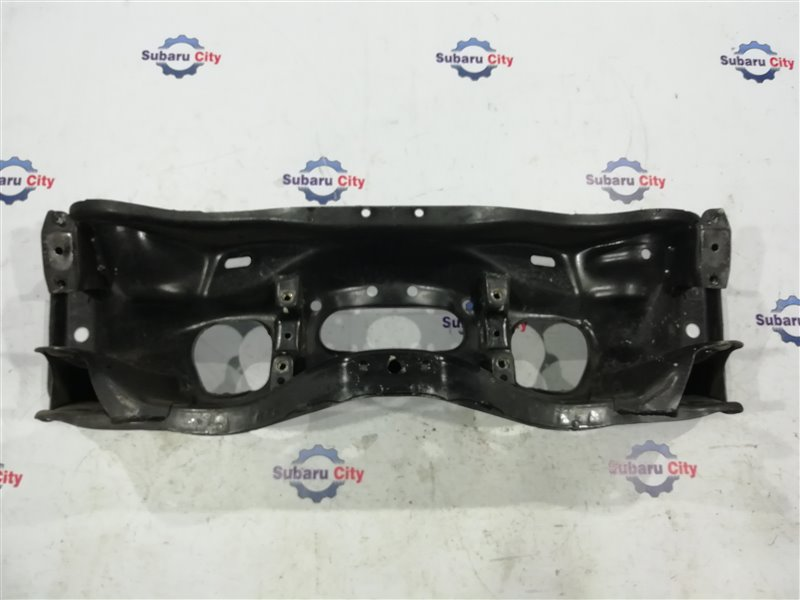 Балка под двс Subaru Forester SF5 EJ205 2000 (б/у)