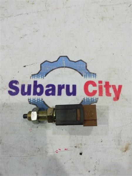 Концевик педали тормоза Subaru Forester SF5 EJ205 2000 (б/у)