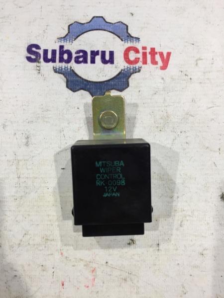 Блок управления стеклоочистителем Subaru Legacy BE EJ20 (б/у)