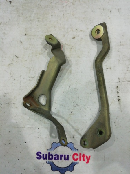Крепление интеркулера Subaru Forester SF5 EJ205 2001 (б/у)
