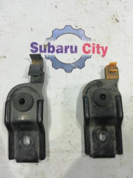 Крепление радиатора Subaru Forester SF5 EJ20 2001 (б/у)