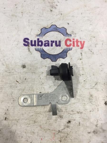 Датчик замедления Subaru Forester SF5 EJ20 2001 (б/у)