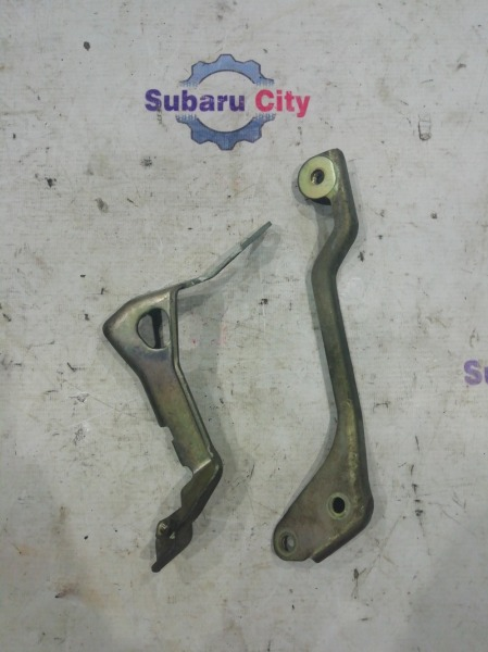 Крепление интеркулера Subaru Forester SF5 EJ205 1999 (б/у)