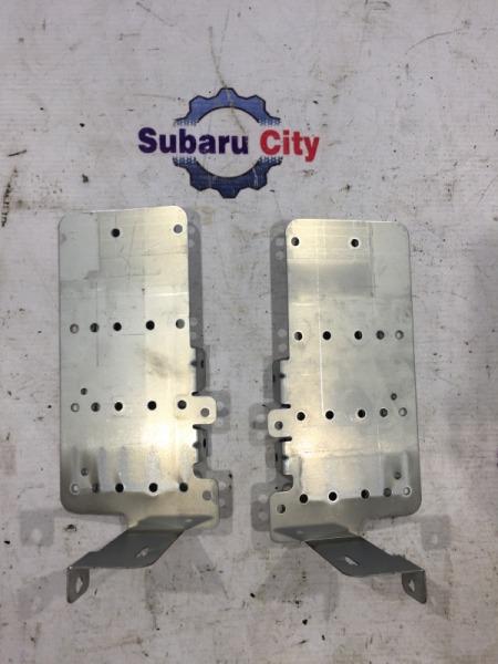 Крепление магнитофона Subaru Legacy BE EJ20 1999 (б/у)