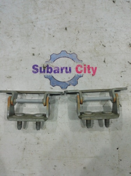 Петли двери багажника Subaru Forester SG EJ20 2005 (б/у)