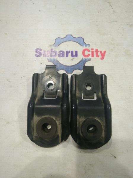 Крепление радиатора Subaru Forester SG EJ20 2005 (б/у)