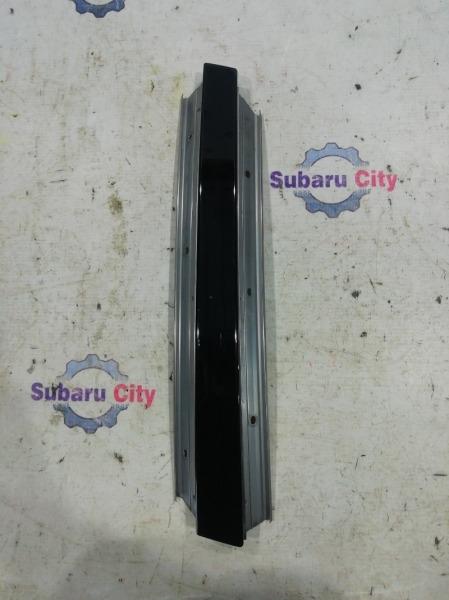 Накладка на стойку наружная Subaru Legacy BL EJ20 2003 правая (б/у)