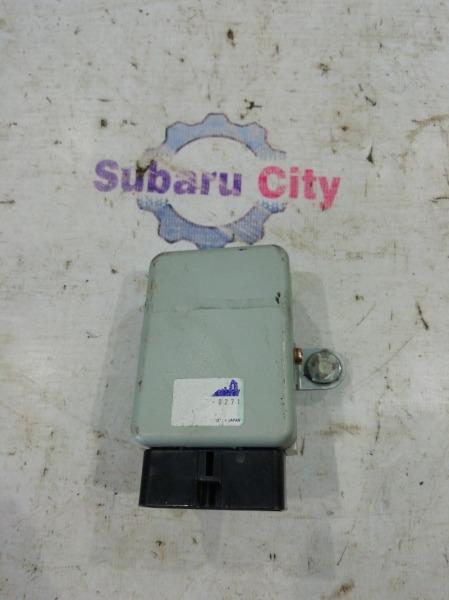 Блок управления топливным насосом Subaru Legacy BE EJ20 2000 (б/у)