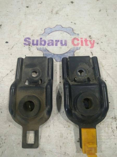 Крепление радиатора Subaru Legacy BE EJ20 2000 (б/у)