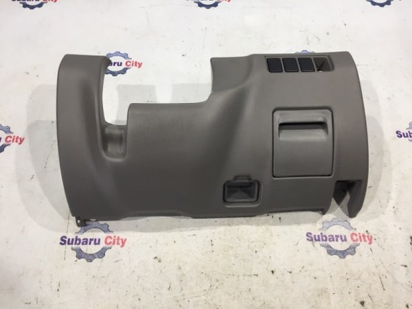 Пластик под рулем Subaru Forester SF5 EJ20 2000 (б/у)