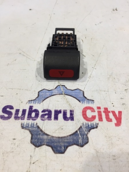 Кнопка аварийки Subaru Forester SF5 EJ20 (б/у)