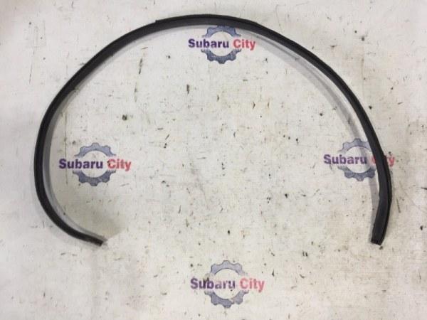 Молдинг лобового стекла Subaru Forester SF EJ20 2000 верхний (б/у)