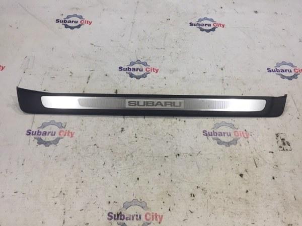 Накладка на порог салона Subaru Legacy BL EJ20 2004 передняя правая (б/у)