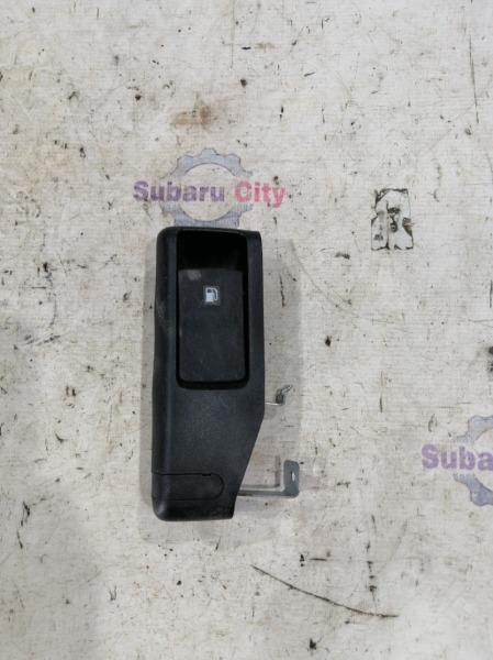 Ручка открывания лючка топливного бака Subaru Legacy BP EJ20 2008 (б/у)