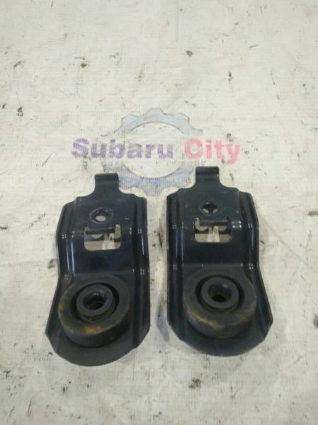 Крепление радиатора Subaru Forester SG EJ20 2002 (б/у)