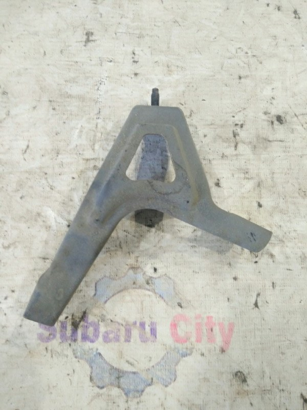 Крепление заднего бампера Subaru Forester SG EJ20 2002 (б/у)