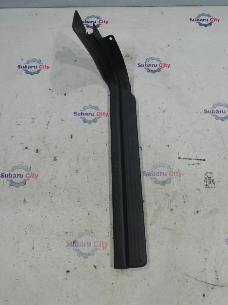 Накладка на порог салона Subaru Impreza GG EJ15 2004 передняя правая (б/у)
