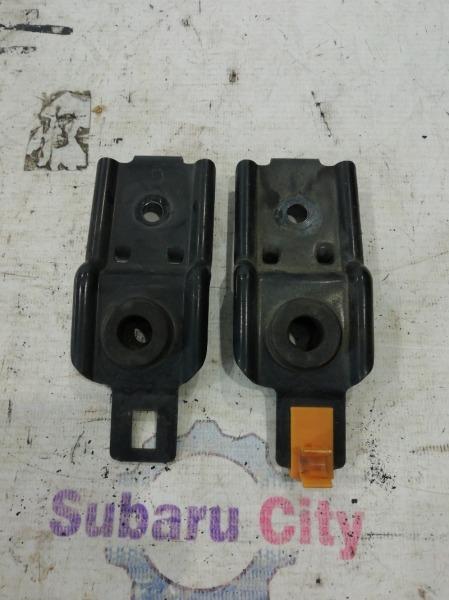 Крепление радиатора Subaru Impreza GG EJ15 2004 (б/у)