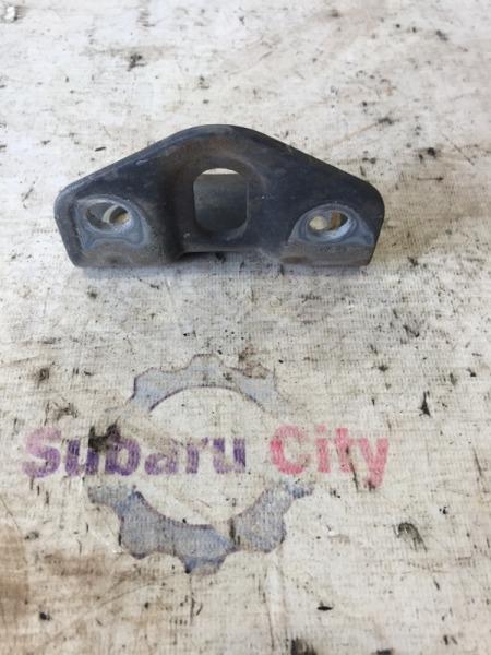 Крюк буксировочный Subaru Impreza GG EJ15 2004 задний (б/у)