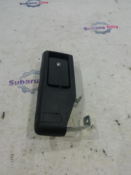 Ручка открывания лючка топливного бака Subaru Legacy BP EJ20 2009 (б/у)