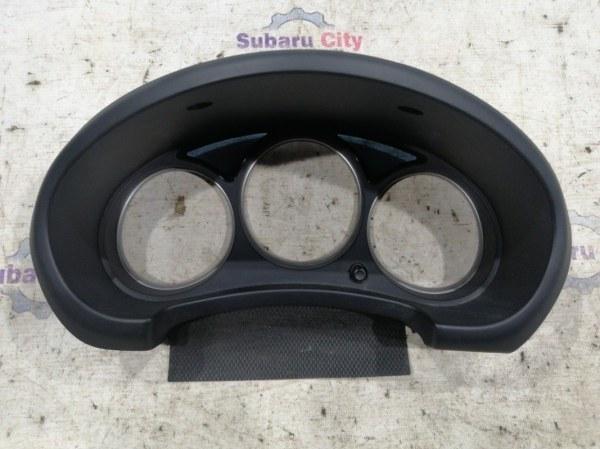 Пластик вокруг спидометра Subaru Forester SG EJ20 2007 (б/у)