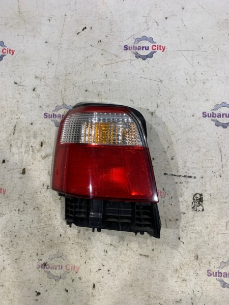 Стоп сигнал Subaru Forester SF5 EJ20 2001 левый (б/у)