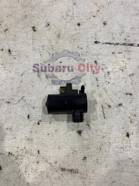 Моторчик омывателя Subaru Legacy BE EJ20 2001 передний (б/у)