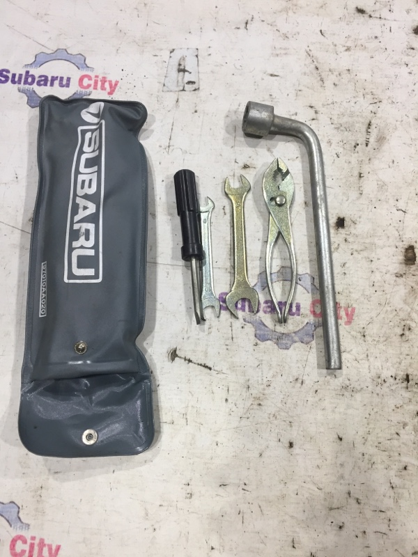 Инструмент Subaru Legacy BE EJ20 2002 (б/у)